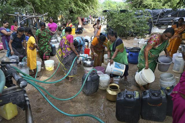 600 triệu người dân Ấn Độ thiếu nước sinh hoạt - Ảnh 3.