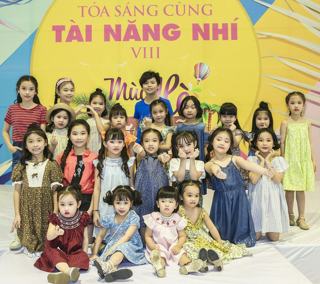 Hơn 100 mẫu nhí Hà thành đọ dáng chuyên nghiệp trong Mùa Hè rực rỡ - Ảnh 2.