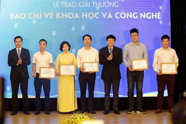Đài Truyền hình Việt Nam nhận 2 giải thưởng báo chí về Khoa học và Công nghệ năm 2018 - Ảnh 5.