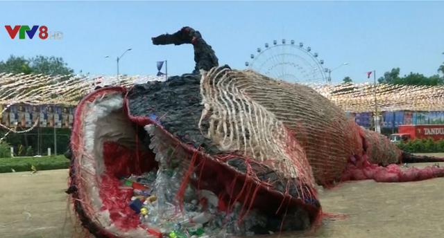 Thông điệp từ Tiếng khóc của cá voi chết tại Philippines - Ảnh 1.