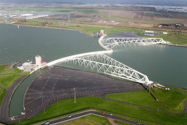 Hà Lan đẩy mạnh công nghệ ứng phó với tình trạng nước biển dâng - Ảnh 1.