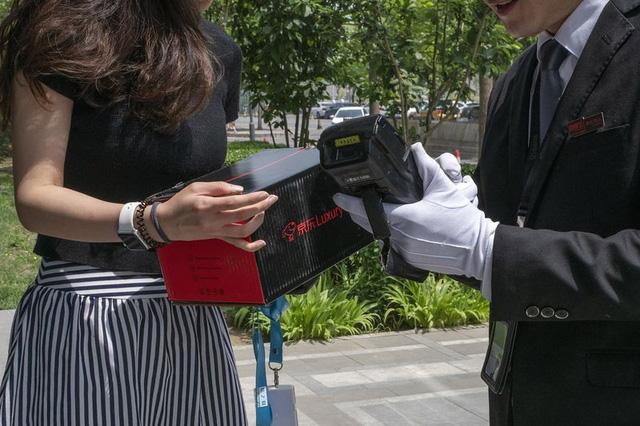 Dịch vụ bán hàng xa xỉ kiểu mới tại Trung Quốc - Ảnh 3.