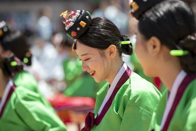 Lễ trưởng thành ở Hàn Quốc - Ảnh 2.