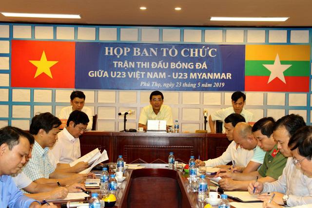 Phú Thọ đẩy nhanh công tác chuẩn bị cho trận giao hữu U23 Việt Nam - U23 Myanmar - Ảnh 1.
