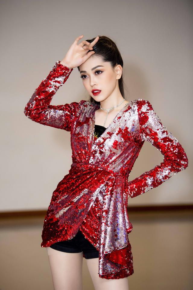Á hậu Phương Nga vừa cover vừa nhảy bài hit của Hồ Ngọc Hà - Ảnh 8.