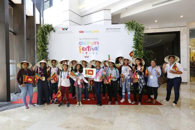 Các đoàn dự Liên hoan thiếu nhi quốc tế VTV 2019 đã cập bến Hội An - Ảnh 7.