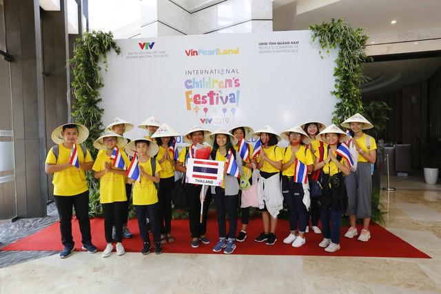 Các đoàn dự Liên hoan thiếu nhi quốc tế VTV 2019 đã cập bến Hội An - Ảnh 6.