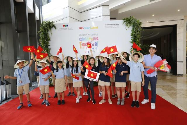 Các đoàn dự Liên hoan thiếu nhi quốc tế VTV 2019 đã cập bến Hội An - Ảnh 4.