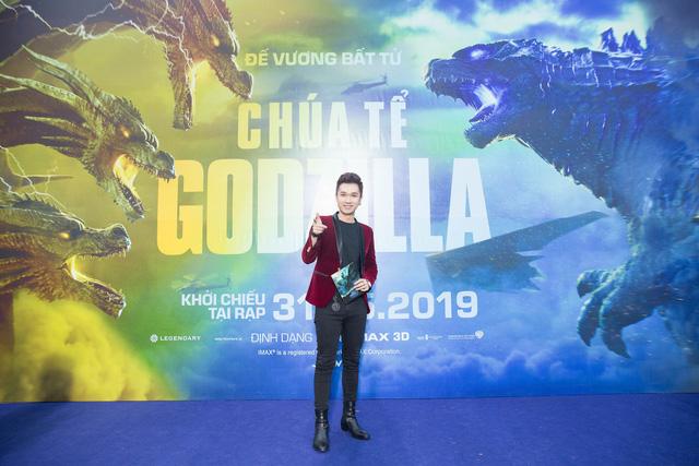 Dàn sao Việt phát cuồng vì Chúa tể Godzilla - Ảnh 3.