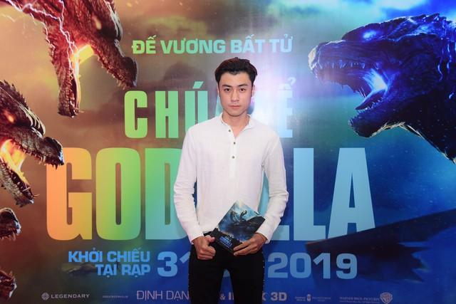 Dàn sao Việt phát cuồng vì Chúa tể Godzilla - Ảnh 6.