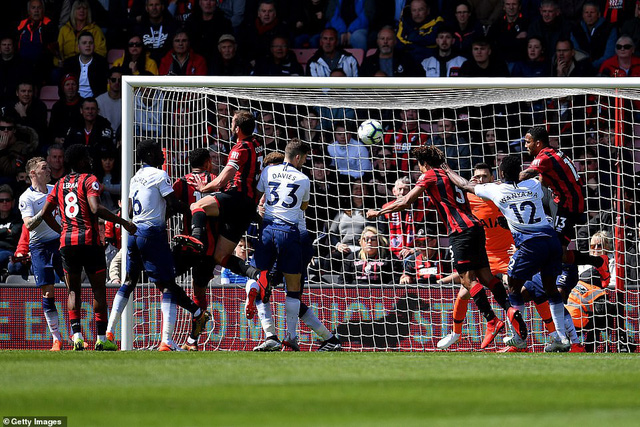 Nhận 2 thẻ đỏ, Tottenham thất bại trên sân Bournemouth - Ảnh 3.