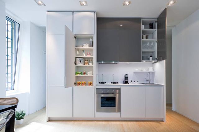 Những tủ bếp được thiết kế độc đáo như tủ để quần áo - Ảnh 2.