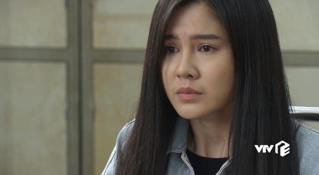 Nhan sắc ngoài đời của cô gái khiến Doãn Quốc Đam mê mệt trong Mê cung - Ảnh 5.