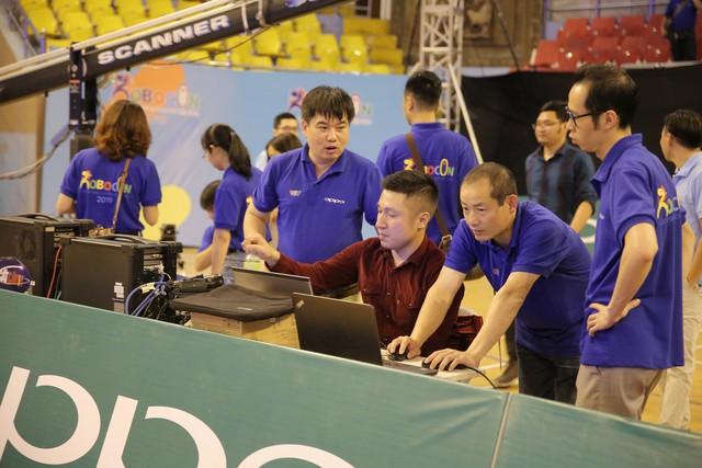 Hình ảnh vòng chung kết Robocon Việt Nam 2019 trước giờ G - Ảnh 2.