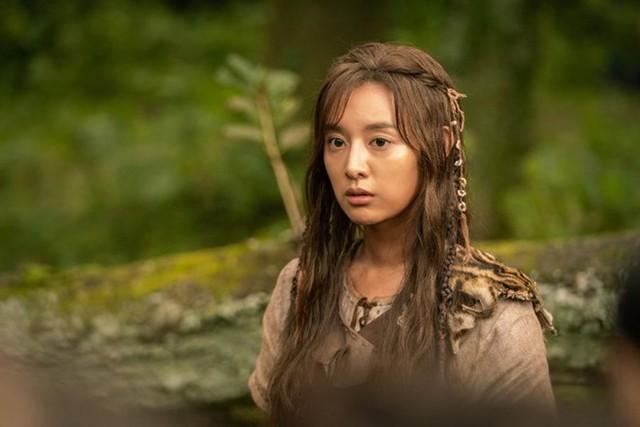 Đây là lý do Kim Ji Won nhận lời vào vai chiến binh cổ đại đầu tiên trong sự nghiệp - Ảnh 1.