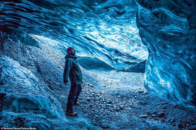Cận cảnh vẻ đẹp kỳ ảo của dòng sông băng lớn nhất châu Âu - Ảnh 5.