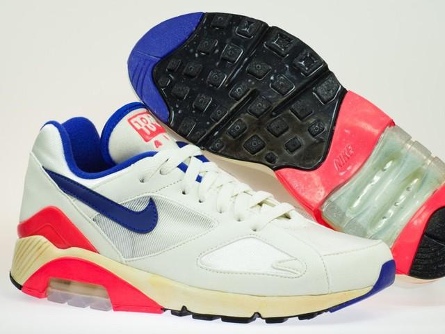 Những mẫu giày sáng tạo nhất mọi thời đại - Ảnh 2.