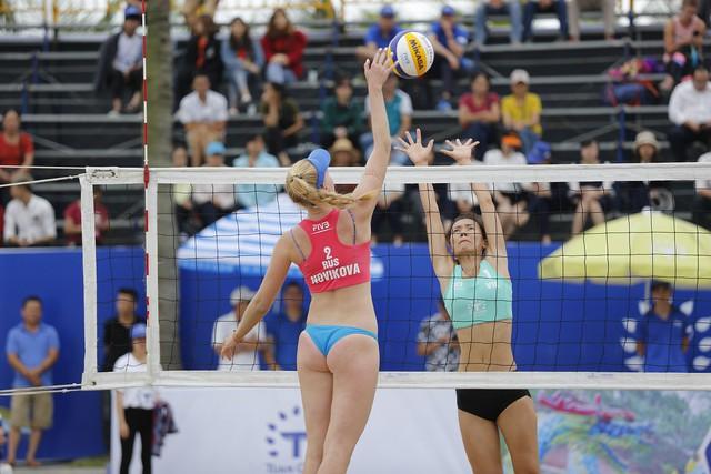 Ảnh: Những khoảnh khắc ấn tượng tại giải bóng chuyền bãi biển nữ thế giới Tuần Châu - Hạ Long 2019 ngày 09/5 - Ảnh 5.