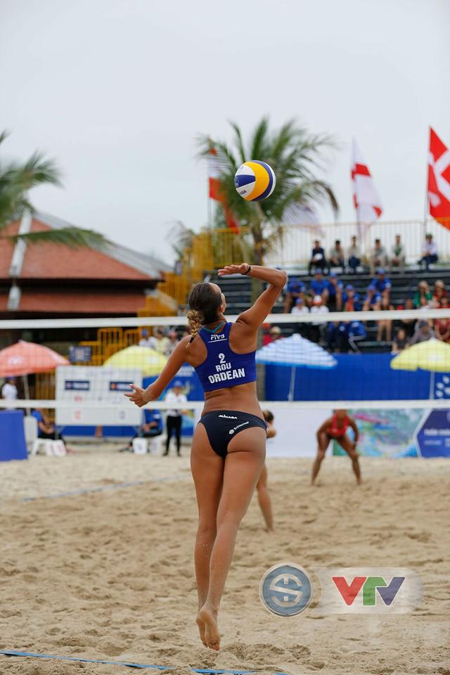 Ảnh: Những khoảnh khắc ấn tượng tại giải bóng chuyền bãi biển nữ thế giới Tuần Châu - Hạ Long 2019 ngày 09/5 - Ảnh 9.