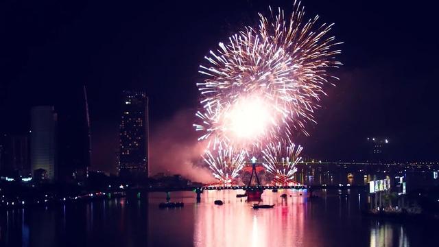 Cấm sử dụng tàu, thuyền chở khách xem pháo hoa trên sông Hàn trong các đêm diễn Lễ hội Pháo hoa quốc tế - Ảnh 1.