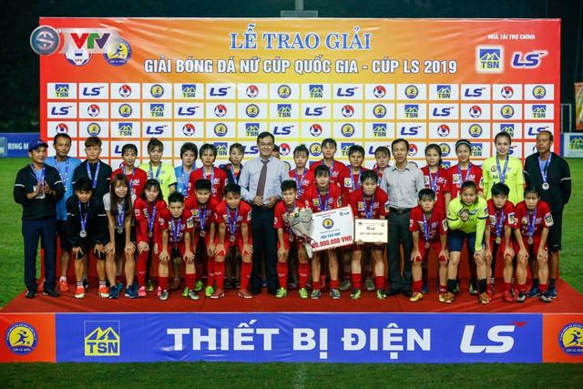 ẢNH: Thắng tối thiểu Hà Nội,  Phong Phú Hà Nam vô địch giải Nữ Cúp Quốc gia - Ảnh 18.