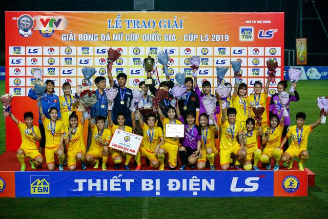 ẢNH: Thắng tối thiểu Hà Nội,  Phong Phú Hà Nam vô địch giải Nữ Cúp Quốc gia - Ảnh 19.