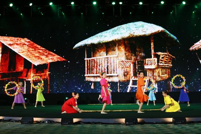 Liên hoan thiếu nhi thế giới VTV 2019: Rộn rã đêm Gala Sắc màu văn hoá bốn phương - Ảnh 9.
