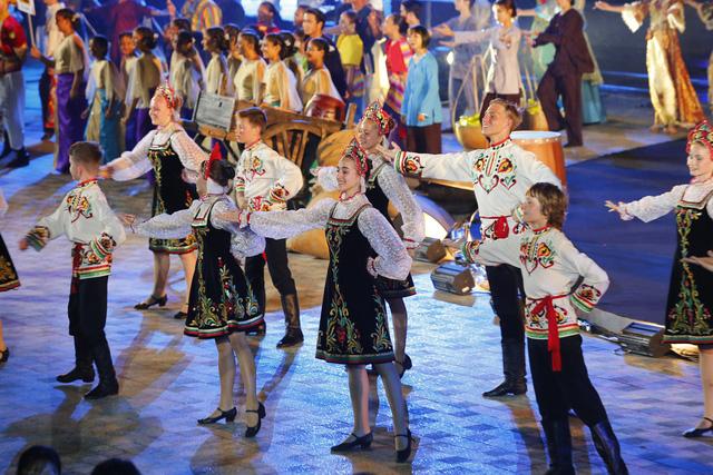 Liên hoan thiếu nhi thế giới VTV 2019: Rộn rã đêm Gala Sắc màu văn hoá bốn phương - Ảnh 4.