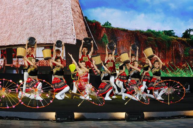 Những hình ảnh tuyệt đẹp từ gala nghệ thuật Liên hoan thiếu nhi quốc tế VTV 2019 - Ảnh 16.