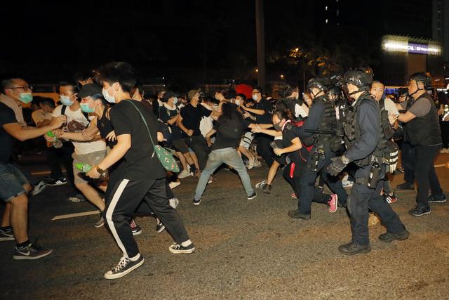 Hong Kong chia rẽ vì dự luật dẫn độ tội phạm sang Trung Quốc đại lục - Ảnh 2.