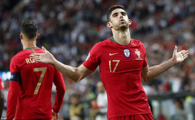 Thắng tối thiểu Hà Lan, Bồ Đào Nha lần đầu vô địch UEFA Nations League - Ảnh 2.