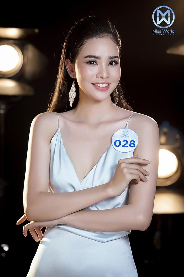 34 thí sinh Miss World Việt Nam 2019 đọ sắc trong đầm cocktail - Ảnh 7.