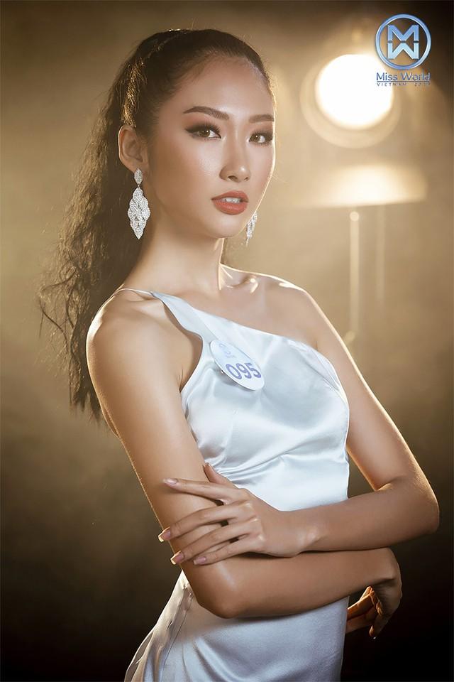 34 thí sinh Miss World Việt Nam 2019 đọ sắc trong đầm cocktail - Ảnh 12.