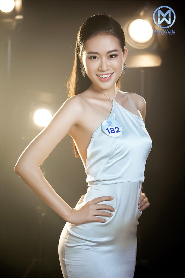 34 thí sinh Miss World Việt Nam 2019 đọ sắc trong đầm cocktail - Ảnh 11.