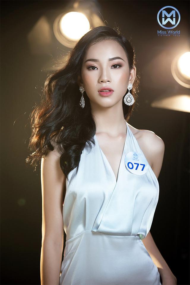 34 thí sinh Miss World Việt Nam 2019 đọ sắc trong đầm cocktail - Ảnh 1.