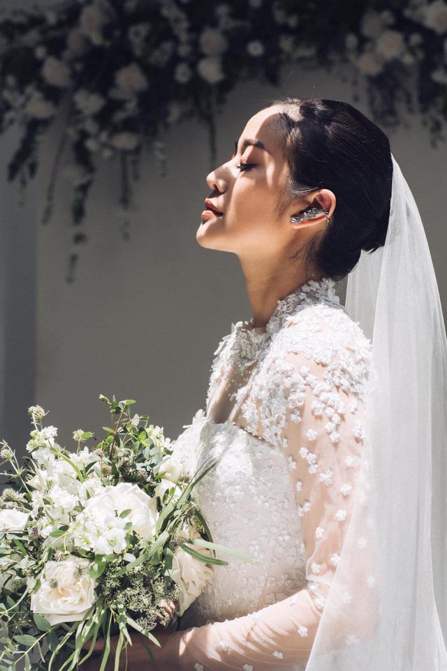 MC Phí Linh khoe ảnh cưới, nhẹ nhàng bước chân vào chương mới của cuộc đời - Ảnh 6.