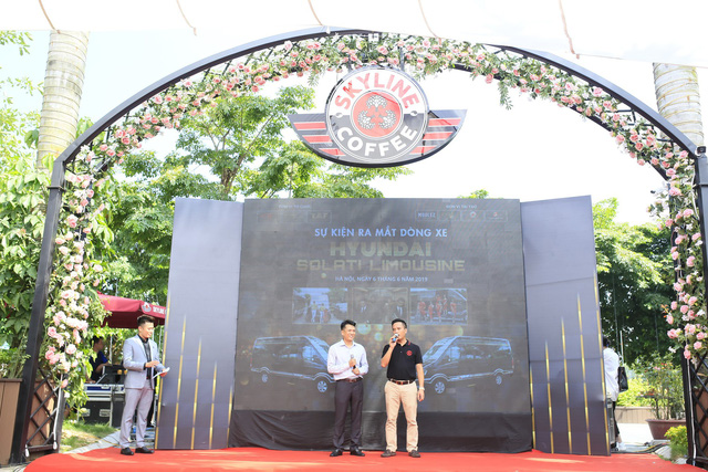 Hyundai Solati độ phong cách sang chảnh Limousine phục vụ giới doanh nhân Việt - Ảnh 4.