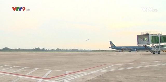 Lượng khách qua sân bay Cần Thơ tăng mạnh - Ảnh 1.