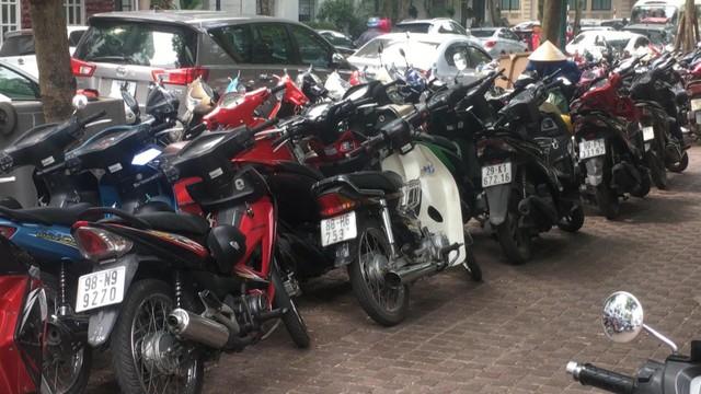 Thị trường xe máy Việt Nam lao đao vì ảnh hưởng của dịch COVID-19 - Ảnh 1.