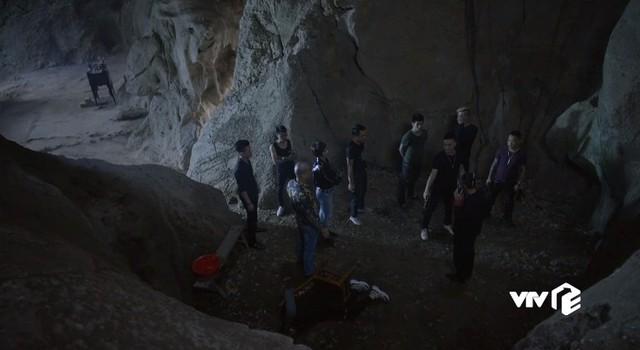 Mê cung - Tập 15: Sau khi bắn Hiền, Khánh (Hồng Đăng) ám ảnh tới mức này - Ảnh 5.