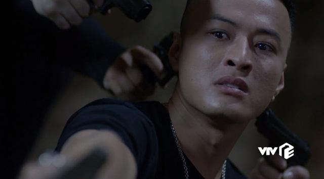 Mê cung - Tập 15: Sau khi bắn Hiền, Khánh (Hồng Đăng) ám ảnh tới mức này - Ảnh 4.