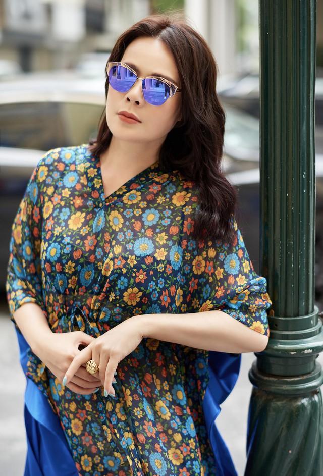 Bí quyết mix đồ dù giản dị vẫn vô cùng quyến rũ của Mrs Vietnam 2018 Trần Hiền - Ảnh 3.