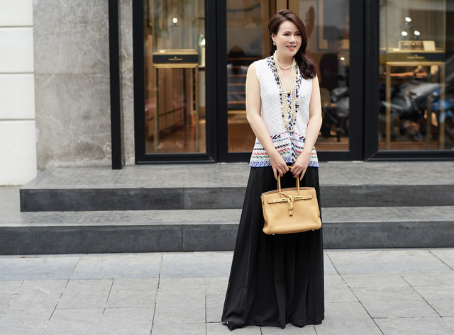 Bí quyết mix đồ dù giản dị vẫn vô cùng quyến rũ của Mrs Vietnam 2018 Trần Hiền - Ảnh 9.