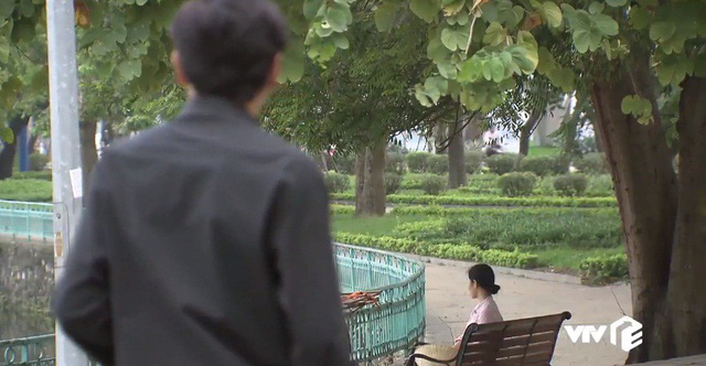 Về nhà đi con - Tập 45: Ông Sơn và cô bán hoa bắt đầu... tìm hiểu nhau? - ảnh 2