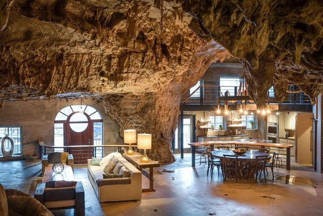 Khách sạn triệu đô xây trong hang động - Ảnh 2.