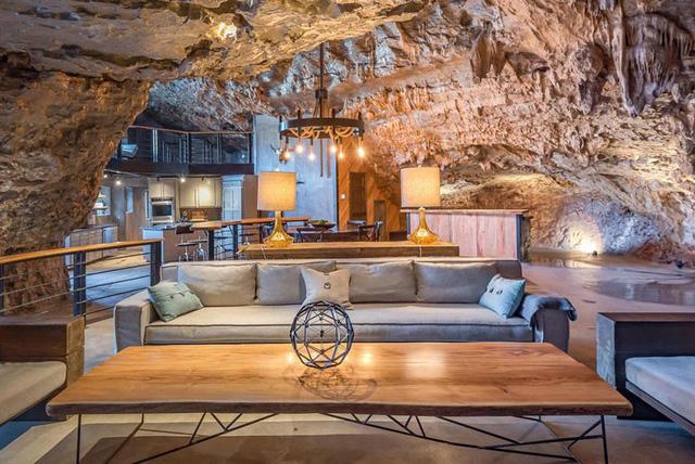 Khách sạn triệu đô xây trong hang động - Ảnh 3.