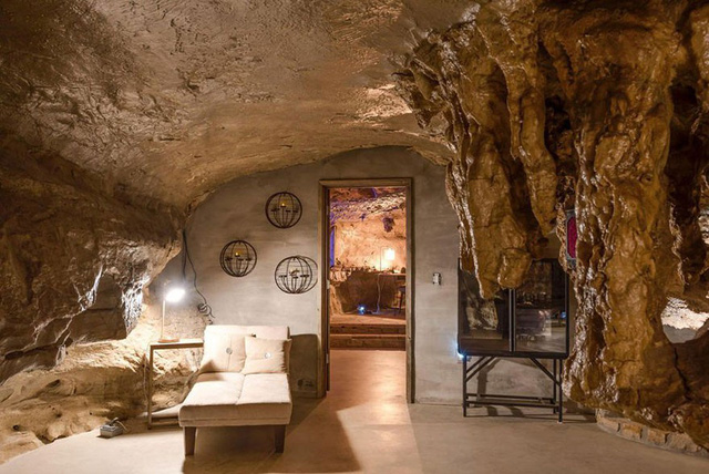 Khách sạn triệu đô xây trong hang động - Ảnh 11.