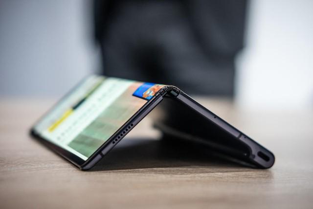 Huawei lùi ngày phát hành Mate X vì sợ danh tiếng bị hủy hoại - Ảnh 1.