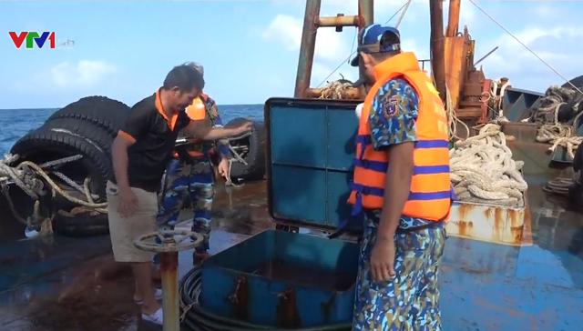 Tăng cường phối hợp chống buôn lậu trên biển - Ảnh 2.