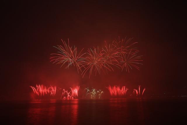 Cùng hai đội Italy và Phần Lan đắm chìm trong những câu chuyện của tình yêu tại Lễ hội Pháo hoa quốc tế Đà Nẵng 2019 - Ảnh 9.
